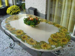 tavolo girasoli2 300x225 - tavolo girasoli2
