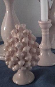 pignasicilia 2 190x300 - Cono de pino en cerámica de la tradición siciliana BluArte