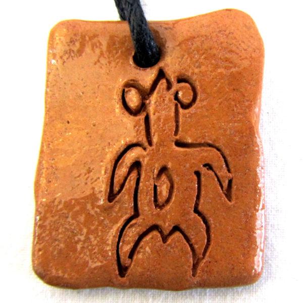 col23d 600x600 - Rongorongo di Rapanui ca 3 x 4 cm (cod. COL23)