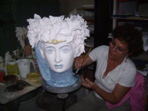 mamma 300x225 - Donne che creano donne in BluArte a Giardini Naxos
