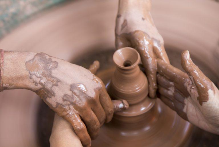 vaso.di .ceramica 768x516 - Corsi