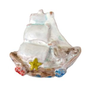 calamita barca a vela ceramica siciliana