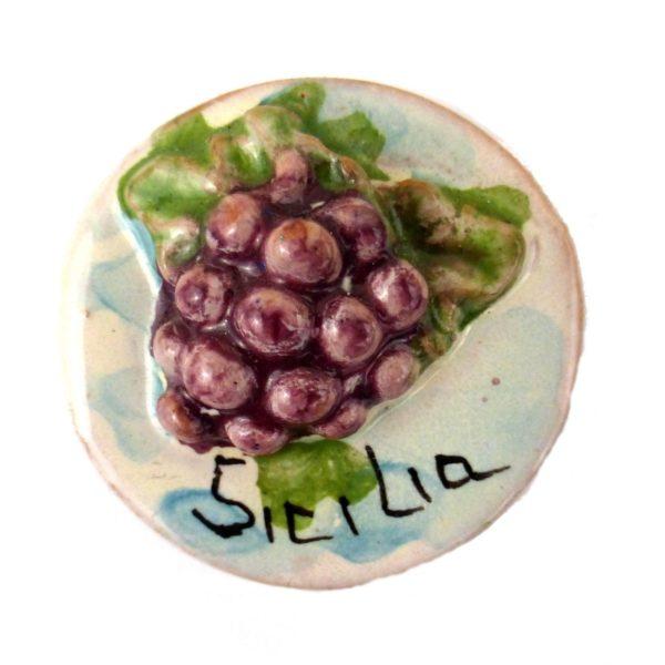 calamita mini uva ceramica siciliana